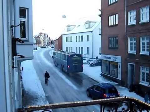 Glat vej for bus.wmv