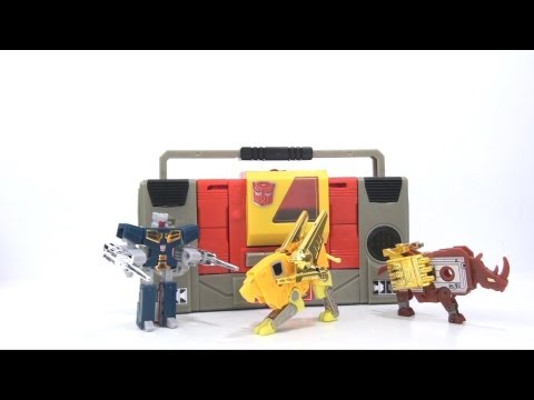 Video Review of the 2010 SDCC Exclusive: G1 Commemorative Edition Blaster