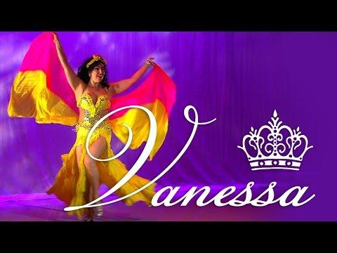 Vanessa of Cairo - Oriental Dance improvisation