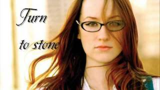 Ingrid Michaelson Turn to Stone (LYRICS)