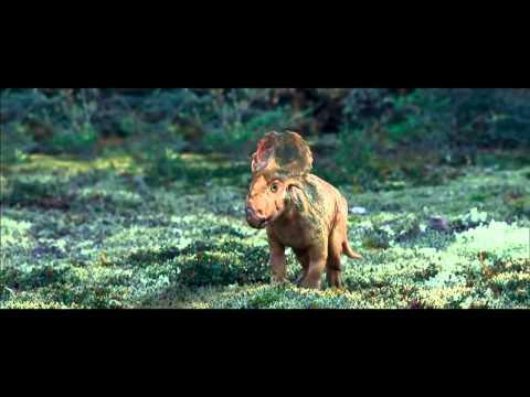 Pasivaikščiojimas su dinozaurais (2013)  Trailer'is