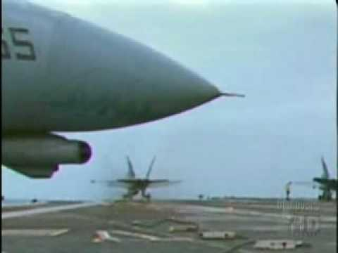 F18 Hornet Accident while landing on aircraft carrier