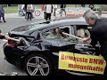 بالفيديو: مواطن إيطالي يدمر سيارته BMW M6 أمام معرض فرانكفورت