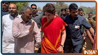 Priyanka Gandhi To Visit Ayodhya On 29 March, What Does The Chanters Of Ram-Naam Think? - INDIATV