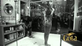 Cacau Claudia Colucci Shower Promo.flv view on youtube.com tube online.