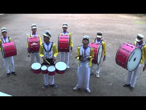 Ketukan Quarto dan Bass Drum Perkusi Drum Band Gema Hasan Munadi Beji Pasuruan Lagu Shalawat Badar