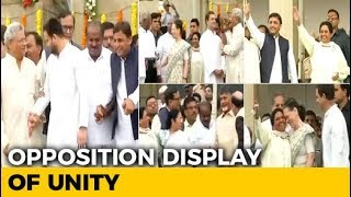 Giant Display of Opposition Unity at Kumaraswamy Swearing-in - NDTV