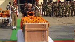 Watch: Wreath laying ceremony of BSF head constable A Suresh performed - TIMESOFINDIACHANNEL