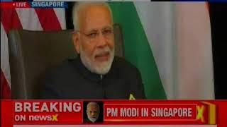 Modi in Singapore: PM Narendra Modi meets U.S V-P Mike Pence - NEWSXLIVE