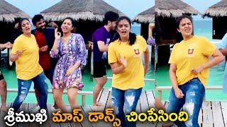 Sreemukhi & Anchor Vishnu Priya Mass Dance Steps At Maldives After Bigg Boss 3 - RAJSHRITELUGU