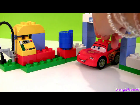 Cars 2 LEGO Duplo Race Day Lightning McQueen 6133 Jeff Gorvette Disney Builable Toys Pixar review