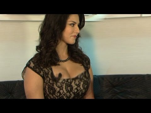 Sunny Leone & Ekta Kapoor CAUGHT UNCENSORED on Camera on Comedy Nights with Kapil  22nd March 2014