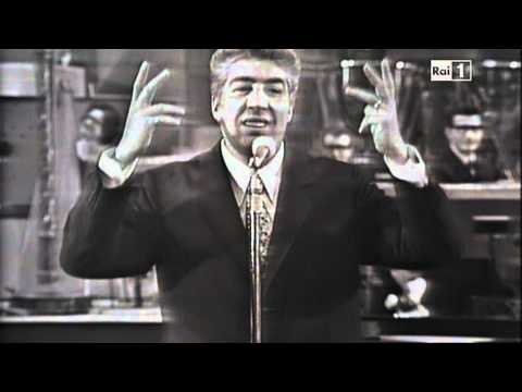 Gino Bramieri racconta le barzellette a Senza Rete 1968
