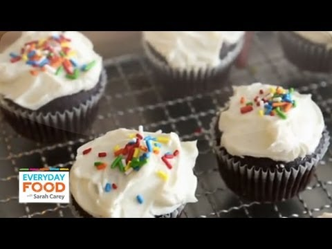 Chocolate Cupcakes with Easy White Icing | Everyday Food with Sarah Carey