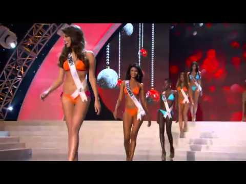 Hoa hậu Việt Nam Diễm Hương trình diễn bikini tại Miss Universe 2012