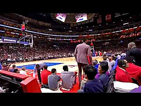 GAY DWIGHT HOWARD SEXUALLY ASSAULTS Isaiah Canaan LIVE ON NATIONAL TELEVISION!