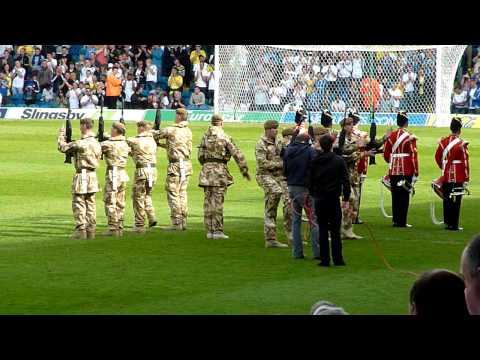 leeds united fans sing shoot the chelsea scum at elland road