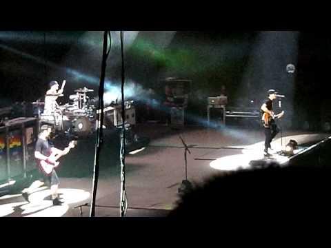 Blink 182 - Carousel (Palacio de Deportes, Madrid)