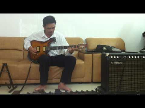 Nhat Long doc tau tau guitar co  bai vo dong son bach thu ha vong co 1 2