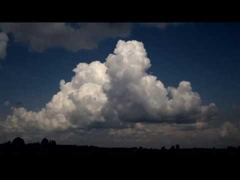 Formowanie się chmury Cumulonimbus