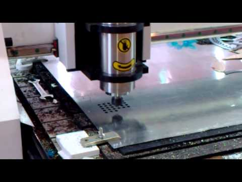 CNC ROUTER FOR CUTTING METAL AND STAINLESS STEEL
