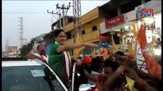 Congress Star Campaigner Vijayashanthi Roadshow in Medchal Constituency | CVR News - CVRNEWSOFFICIAL