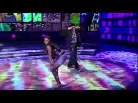 Bruna Marquezine faz 'Quadradinho de Quatro' na Dança dos Famosos   Domingão do Faustão1]