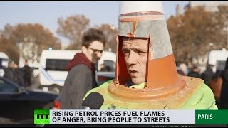 100,000+ people & 2,000 rallies: 'Yellow vest' protest against rising fuel prices hits France - RUSSIATODAY