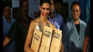 Deepika fumbles with 4 trophies at Big Star awards - BOLLYWOODCOUNTRY