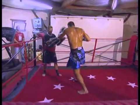 Boxe thai entrainement - Jerome Le Banner