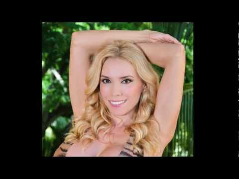 Natasha Kizmet Video Blog #15 - Natasha reviews Gottex Swimwear in Mexico - HD