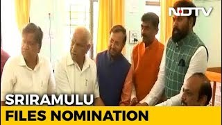 BJP Picks B Sriramulu To Challenge Siddaramaiah In His 'Back-up' Badami - NDTV