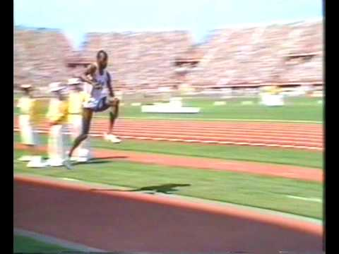 1982 Commonwealth Triple Jump - Keith Connor v Ken Lorraway