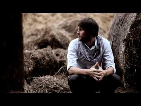 Teledysk Czerwone Gitary - Lecz tylko na chwil� [Official video]