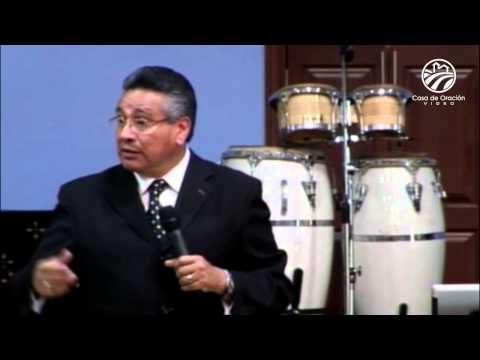Chuy Olivares - Dios y las mujeres que viven solas