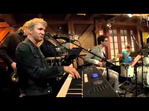 &quot;Green Onions&quot; - Booker T. Jones, Daryl Hall, Mayer Hawthorne