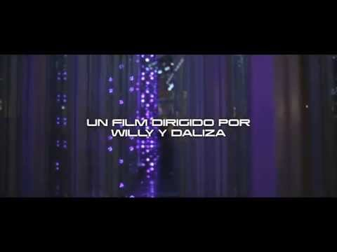 REDIMI2 & FUNKY feat. ANY PUELLO - COMO LO HACES TU (Video Oficial)