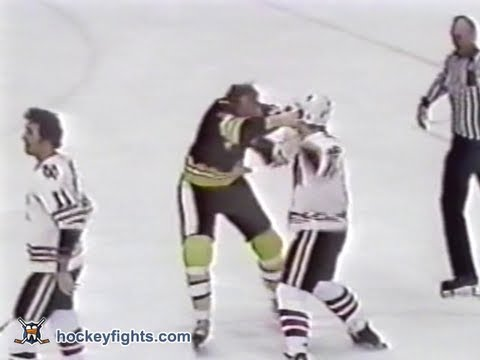 Wayne Cashman vs Dave Logan Feb 18, 1978