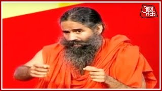'में सर्वदलीय और में निर्दलीय हूं' | Baba Ramdev 1-On-1 With Anjana Om Kashyap - AAJTAKTV