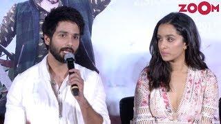 Stars Shahid Kapoor & Shraddha Kapoor Answer Questions | 'Batti Gul Meter Chalu' Trailer Launch - ZOOMDEKHO