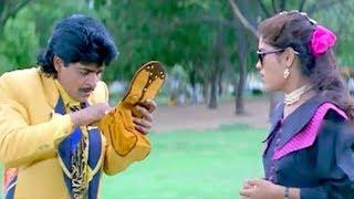 Ali Checking His Girlfriend Bag | Akkum Bakkum Comedy - LEHRENTELUGU