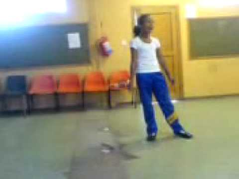 Cape Town 9-year old girl singing