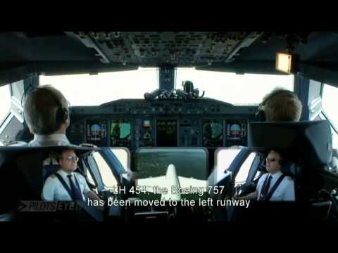 Pilot's View || Airbus A380 Lufthansa First Approach & Landing at San Fransisco Airport