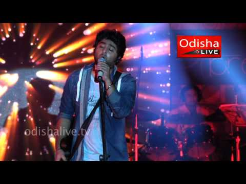 Arijit Singh - Live Performance - at XIMB - Milne Hai Mujhse Aai - Hindi Song
