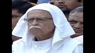 Manohar Parrikar believed in accomplishing tasks with utmost dedication: LK Advani - ABPNEWSTV