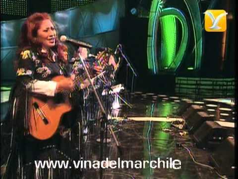 Grupo Femenino Bolivia, Falso Amor
