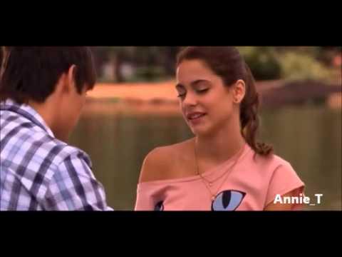 Il primo bacio tra Violetta e Leon [ITA]