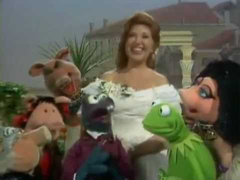 The Muppet Show - S4 E9 P3/3 - Beverly Sills