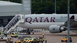بالفيديو.. سلاح الجو البريطاني يجبر طائرة ركاب قطرية على الهبوط في مطار مانشيستر