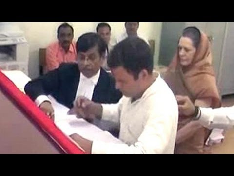 Rahul Gandhi, flanked by entire family, files nomination from Amethi